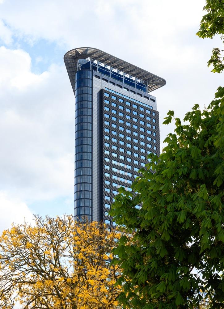 Het Strijkijzer, The Hague